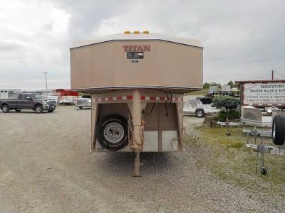 1997 Titan Trailers MODEL 724-4HDR Livestock Trailer ** USED **