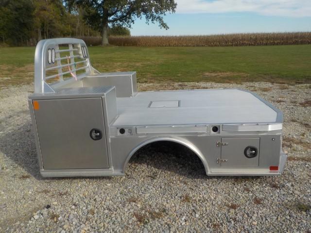 2022 CM Truck Beds AL SK DLX Truck Bed