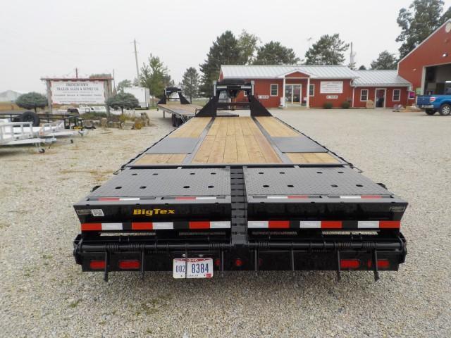 2022 Big Tex Trailers 22GN-28BK +5 MR Equipment Trailer