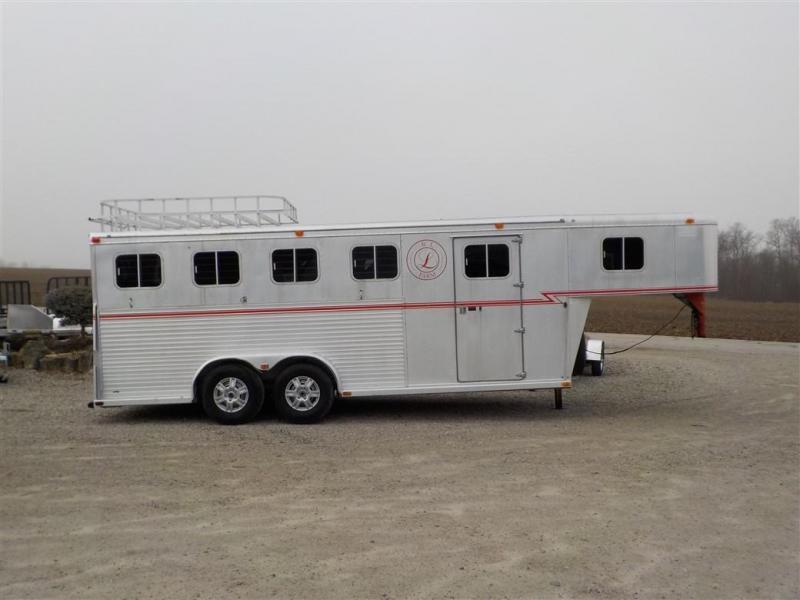 1993 Sooner 4-HORSE SLANT Livestock Trailer **USED**