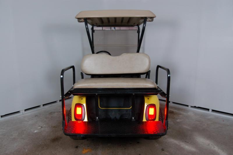 2011 E-Z-GO RXV Golf Cart