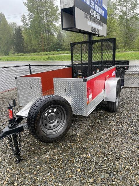 2003 Interstate 5 x 8 Utility Trailer