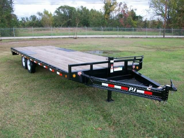 2021 PJ Trailers F8 Series 24' Deckover Equipment Trailer