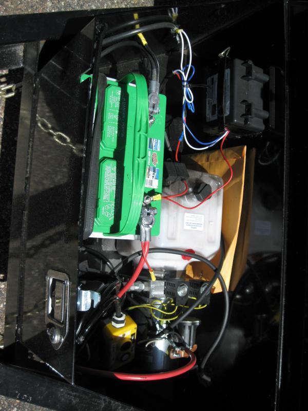 6.5X12 Dump 2' sides 10000# GVW