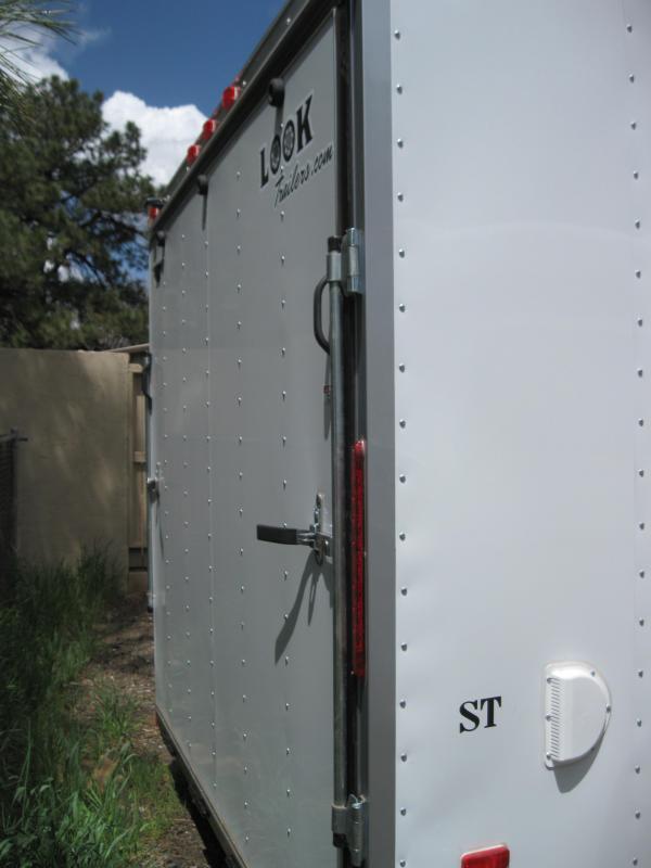 8.5 X 20 ST / Enclosed 7K GVW