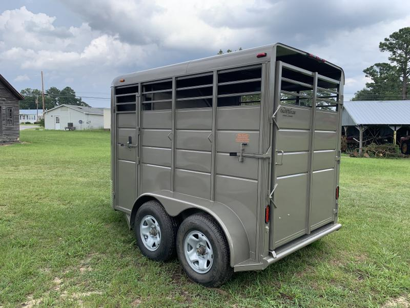 2020Calico Trailers 2H Stock Horse Trailer