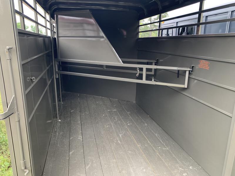 2021 Calico 3 Horse Slant Load BP Horse Trailer W/Mats
