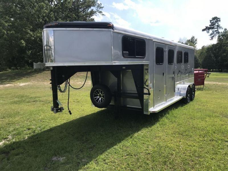2021 Homesteader Stallion 3 Horse GN Trailer