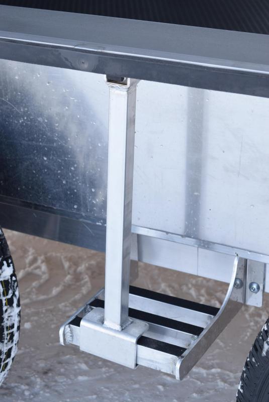 BRAVO SILVER STAR 24' ALUMINUM ENCLOSED RACE HAULER