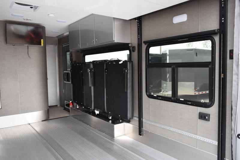 ATC 25' GAME CHANGER PRO SERIES TOY HAULER W/ FRONT BEDROOM
