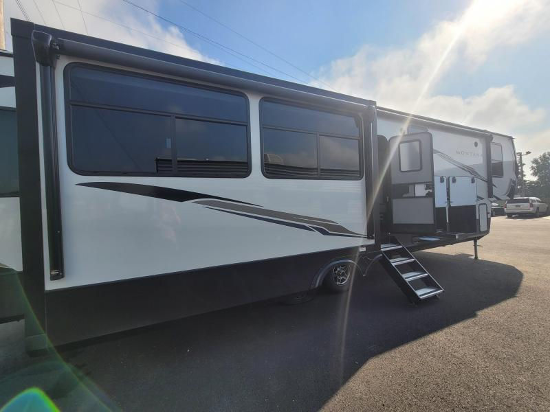 2021 Keystone RV Montana High Country 385BR Fifth Wheel Campers RV