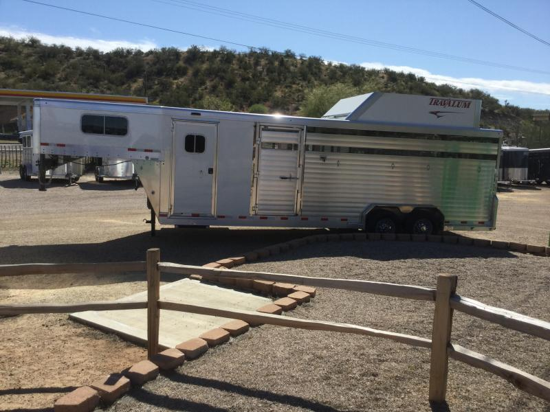2021 Travalum Rancher Horse Trailer