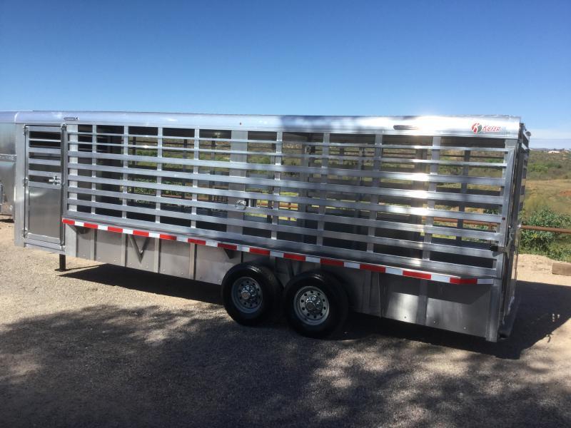 2021 Kiefer Built Kattleman Horse Trailer