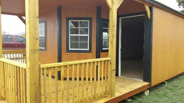 2022 Derksen 16x40 Deluxe Cabin Cabin