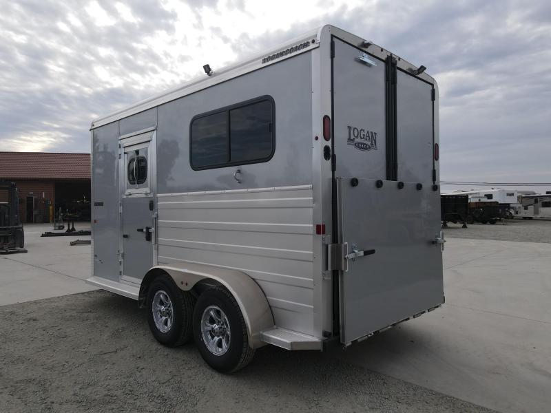 NEW 2021 Logan Coach 2H Bullseye Straightload BP Horse Trailer