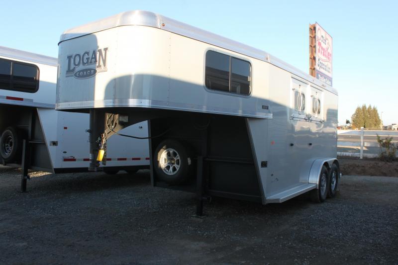NEW 2021 Logan Coach Riot 2H GN Horse Trailer