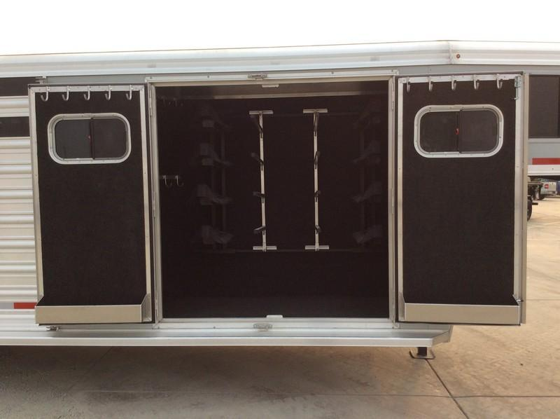 NEW 2021 Logan Coach 26 ft trainers tack stock combo Livestock Trailer