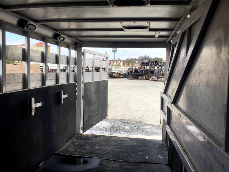 Pre-Owned 2004 Sooner 4H 21' Stock Combo Livestock Trailer