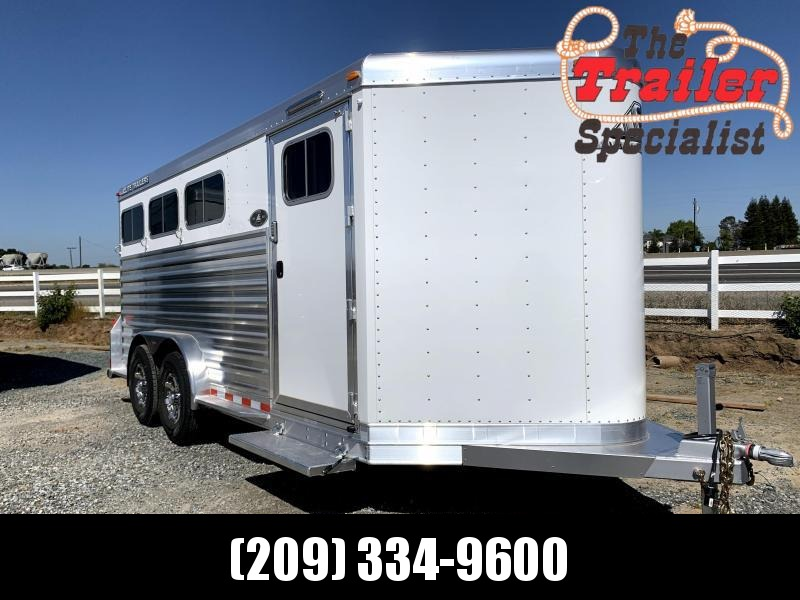 NEW 2022 Elite Trailers 3 Horse Bumper Pull Slant Horse Trailer
