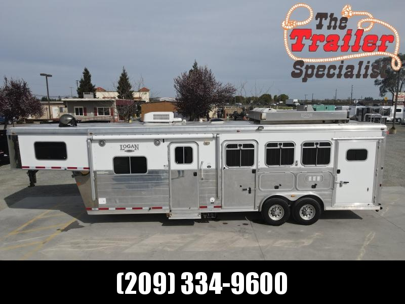 Pre-Owned 2008 Logan Coach XTR 3H GN LQ Horse Trailer