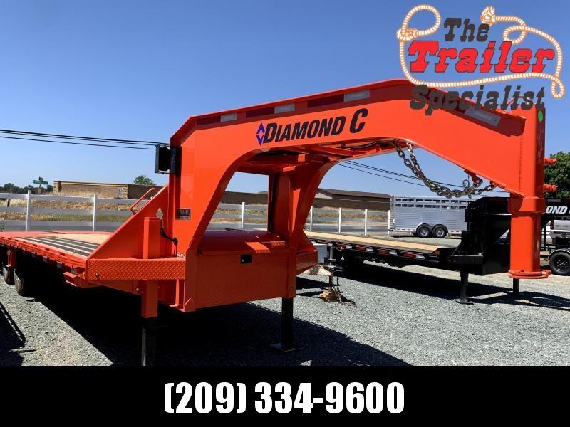 "NEW 2021 Diamond C Trailers FMAX212SSL 25' X 102"" 25900 lbs GVWR Equipment Trailer"