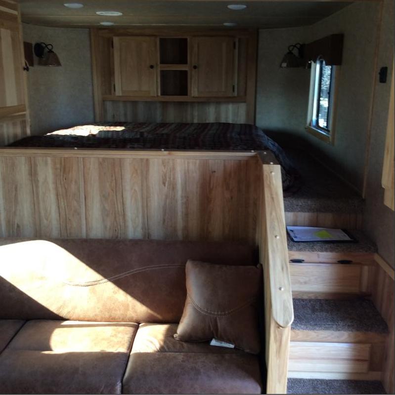 New 2021 Lakota C8413SR 4 Horse Trailer 13' Living Quarters