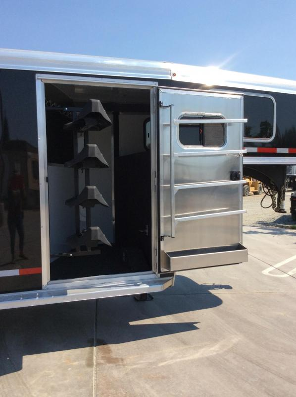 NEW 2020 Logan Coach 18' Stock combo Livestock Trailer