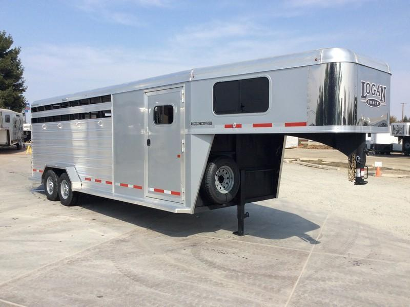 NEW 2020 Logan Coach 22 ft stock combo Livestock Trailer