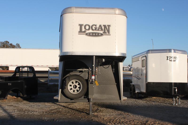 2021 Logan Coach Riot 2+1H GN Horse Trailer