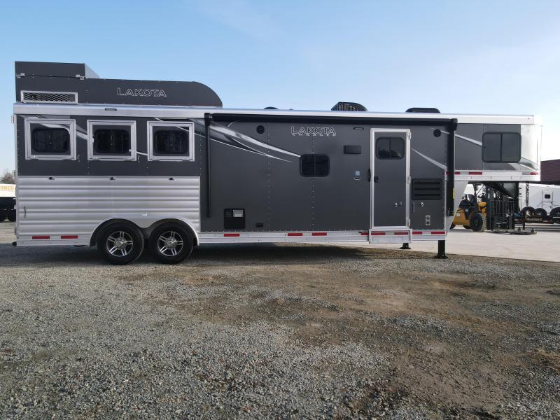 NEW 2021 Lakota C8311RK 3H Charger GN LQ Horse Trailer