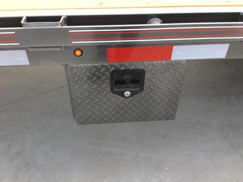 NEW 2021 Diamond C Trailers 40ft 25.9k gvwr FMAX212 Equipment Trailer