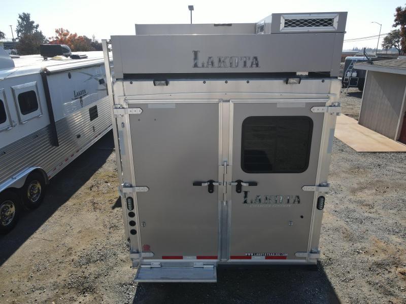 USED 2018 Lakota 4H CHARGER LQ Horse Trailer