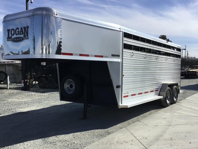 NEW 2019 Logan Coach 18 ft Stockman Livestock Trailer
