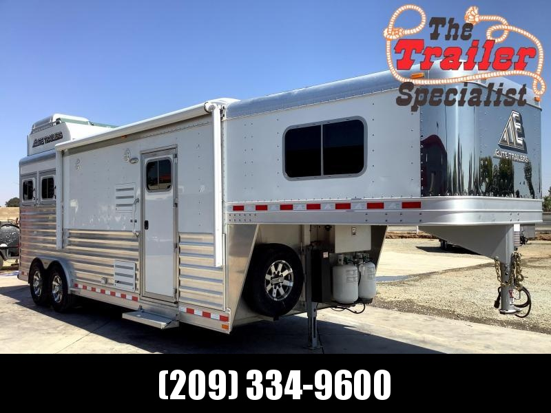 """Pre-Owned 2019 2H Mustang LQ 10' Living Quarters 8"""" Wide Horse Trailer"""