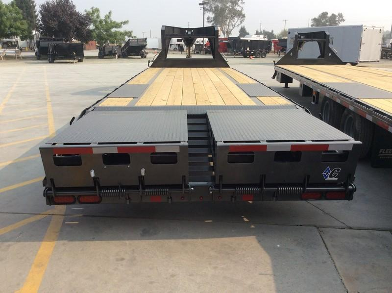 NEW 2020 Diamond C Trailers 18K GVWR FMAX208 L28' x 40' Equipment Trailer