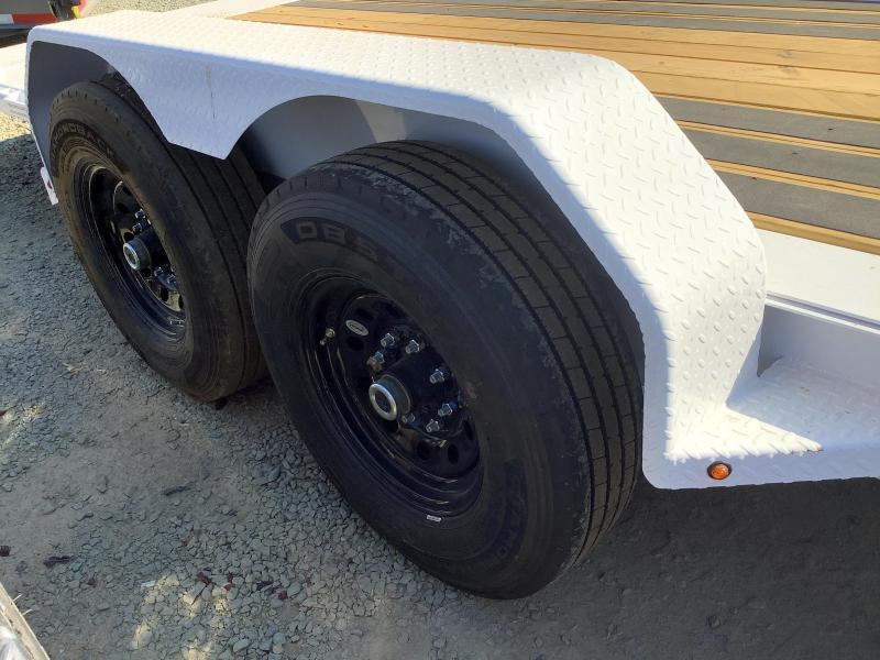 NEW 2022 Diamond C Trailers HDT207L 7' x 22' 14900 GVW Equipment Trailer