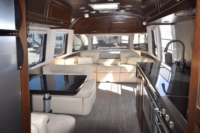 2015 Airstream CLASSIC 30