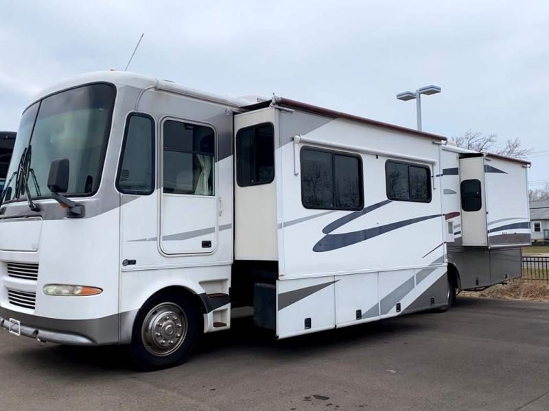 2004 Tiffin Motorhomes ALLEGRO BAY 37 DB