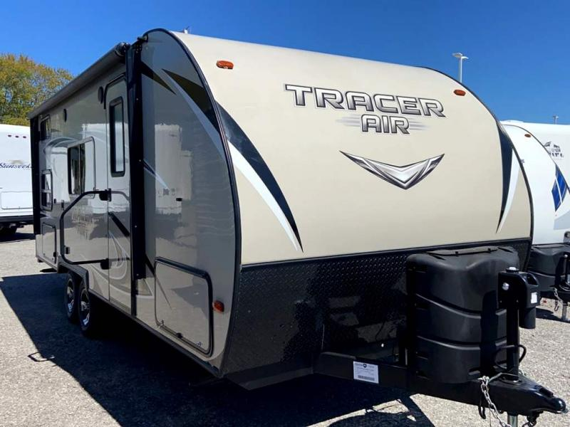 2017 Prime Time TRACER 205AIR