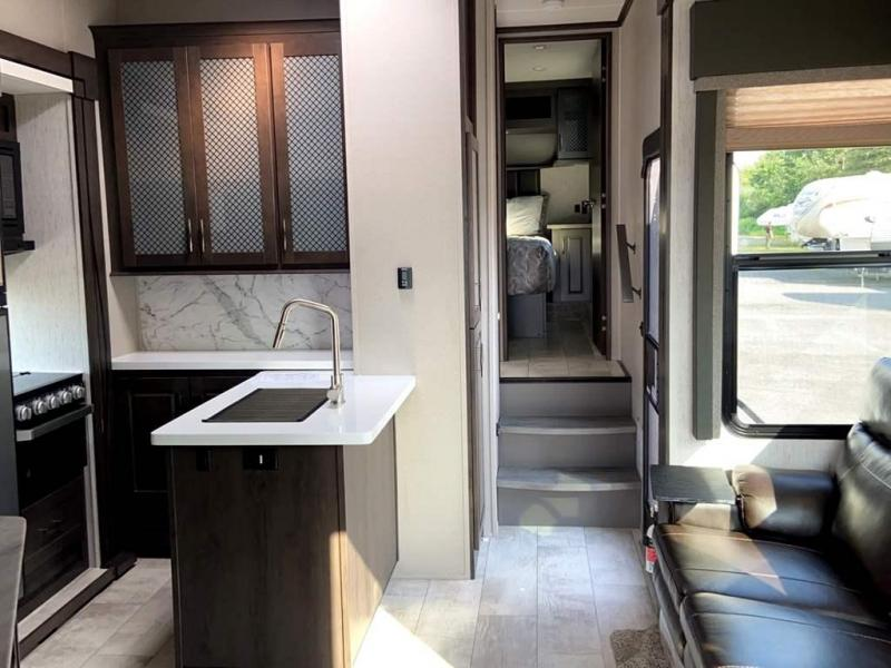 2021 Grand Design RV MOMENTUM G-CLASS 350G