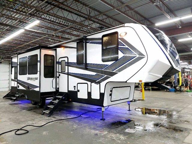 2019 Grand Design RV MOMENTUM M-CLASS 351M