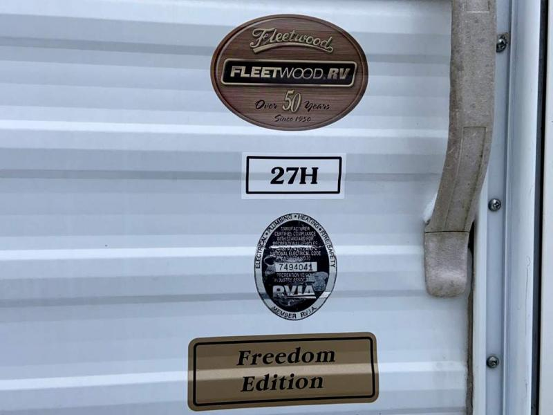 2003 Fleetwood RV PROWLER 27H