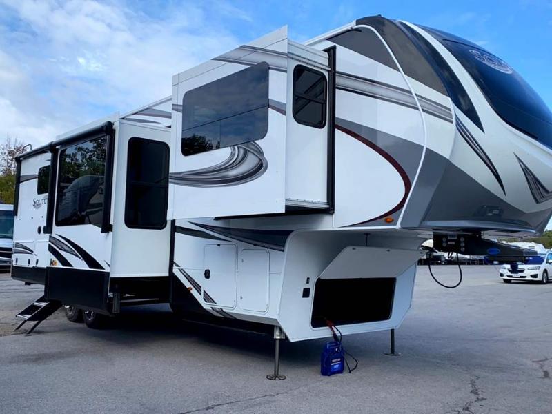 2022 Grand Design RV SOLITUDE 346FLS