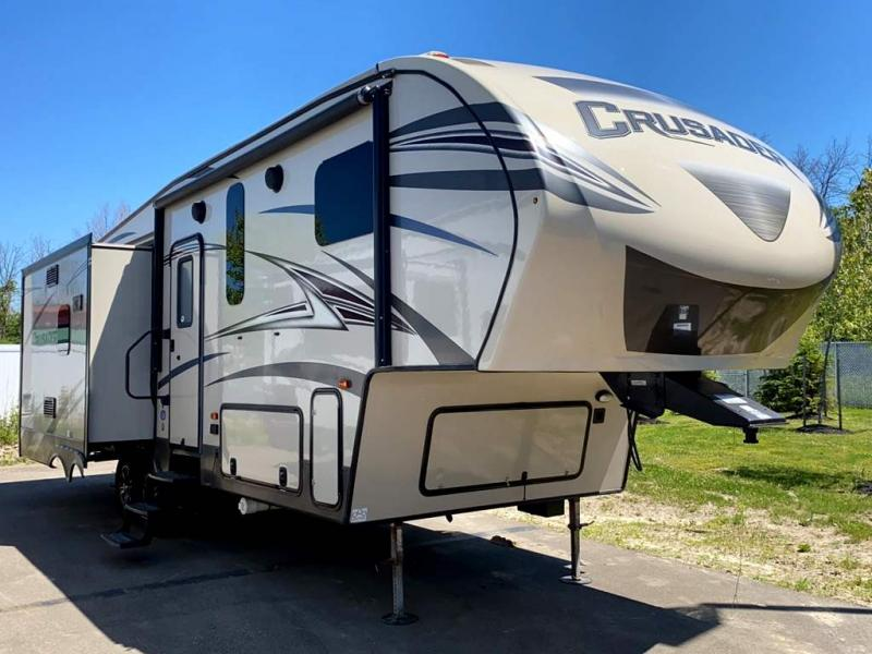 2017 Prime Time CRUSADER 295RST