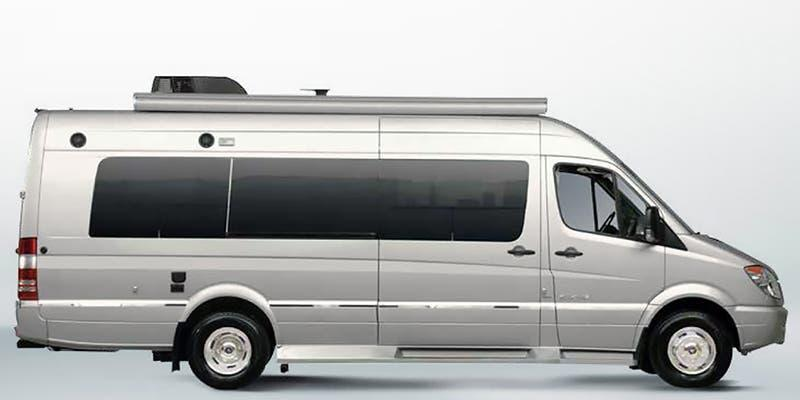 2018 Winnebago ERA 70M