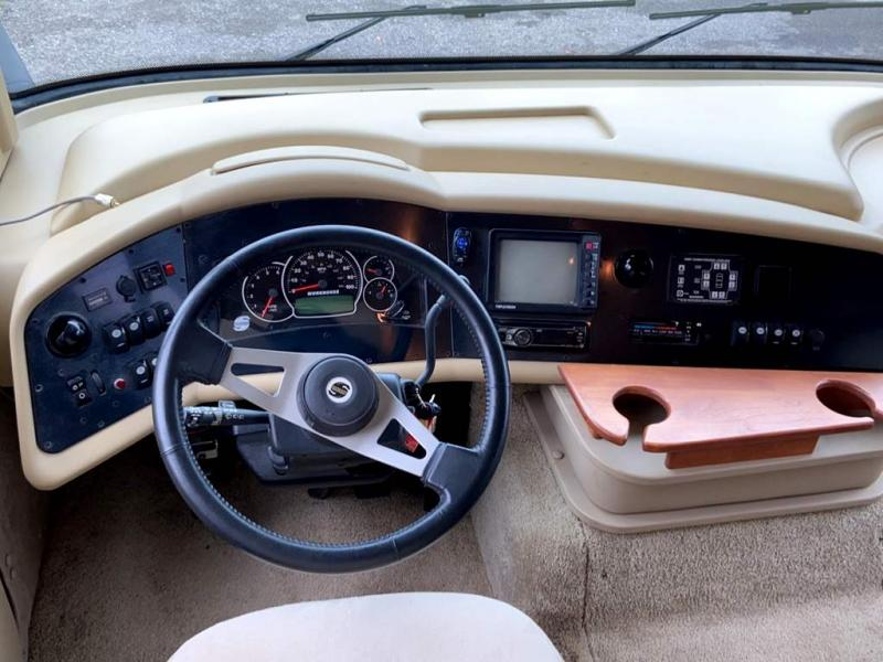 2011 Tiffin Motorhomes ALLEGRO 34 TGA