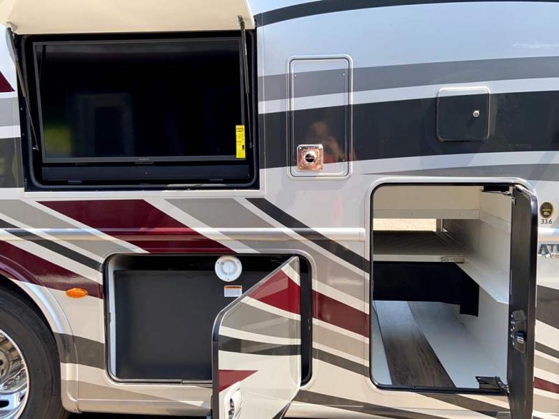 2022 Thor Motor Coach PALAZZO 33.6