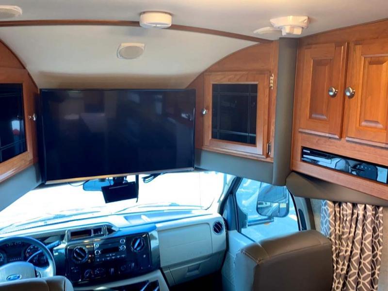 2018 Phoenix USA RV CRUISER 2552