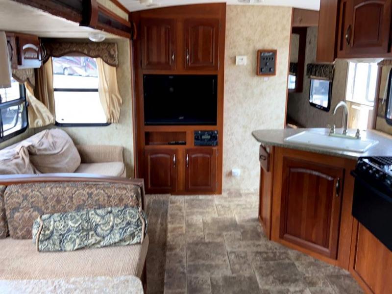 2013 Keystone RV COUGAR 31SQB