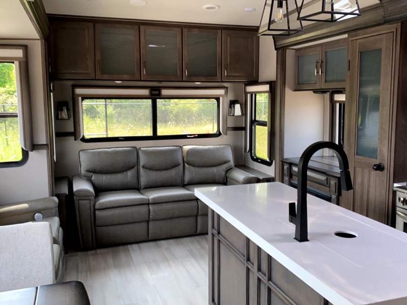 2022 Grand Design RV SOLITUDE 378MBS